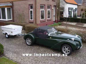 Mini Camp achter een Burton 2CV kitcar
