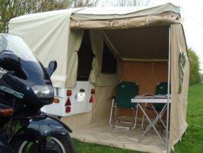 Mini Camp met prototype voortent