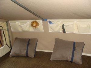Interieur van de Mini Camp vouwwagen
